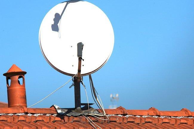 jak wzmocnić sygnał anteny satelitarnej